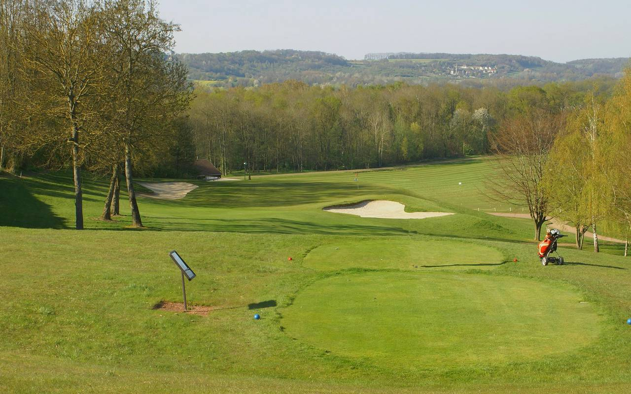 Golf of the 4 star luxury hotel in Picardie