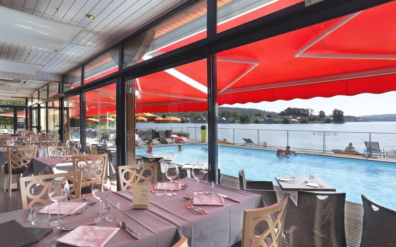 Restaurant hotel with pool Picardie