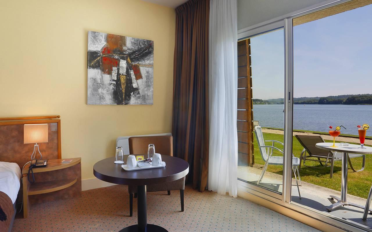 Chambre avec terrasse, hôtel Aisne, hôtel du Golf de l'Ailette